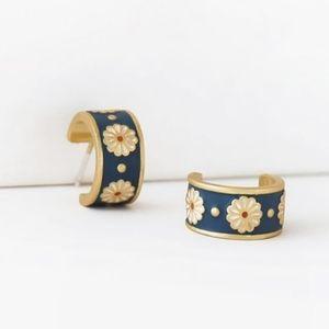 Madewell earrings, small hoops with freebie